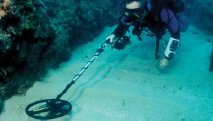 underwater detecting